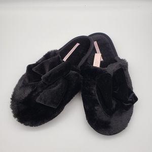 Victoria's Secret velvet bow slipper